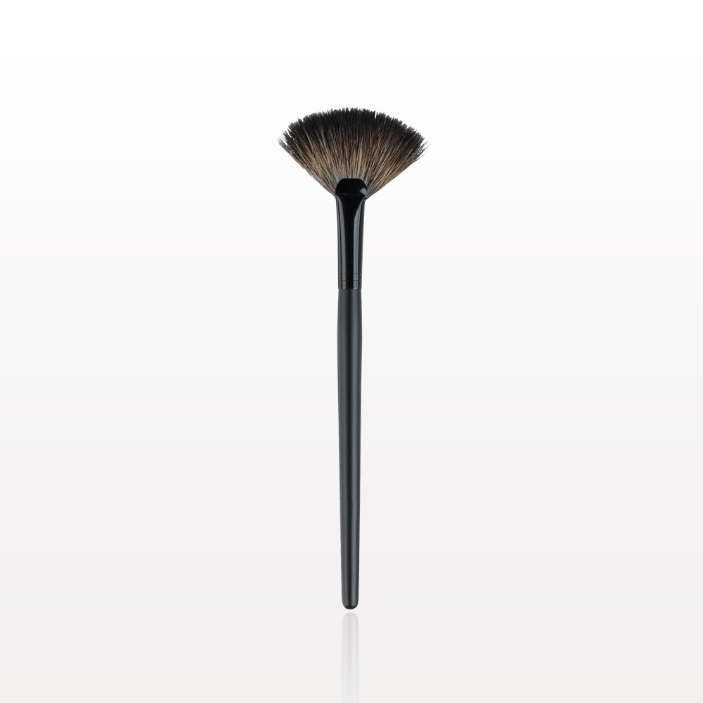 Medium Fan Brush