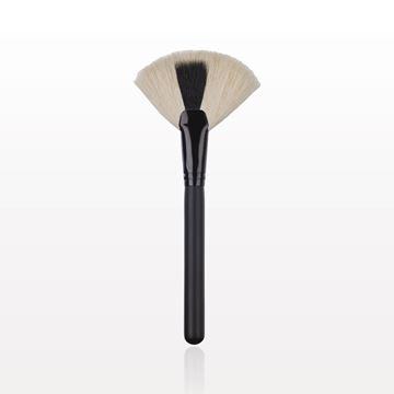 Kabuki Fan Brush