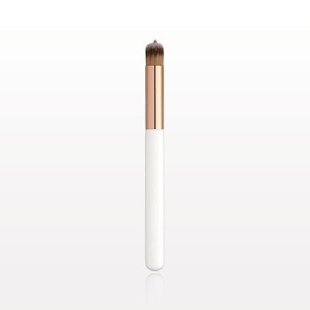 "Picture of Concealer ""Tip and Blend"" Brush"